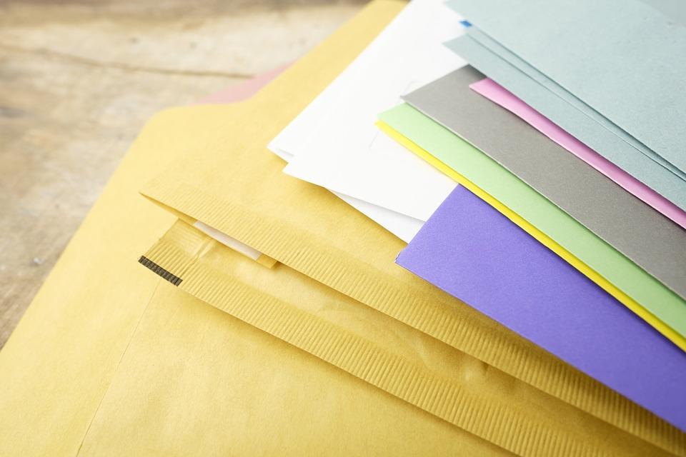 手紙に必要な切手の額