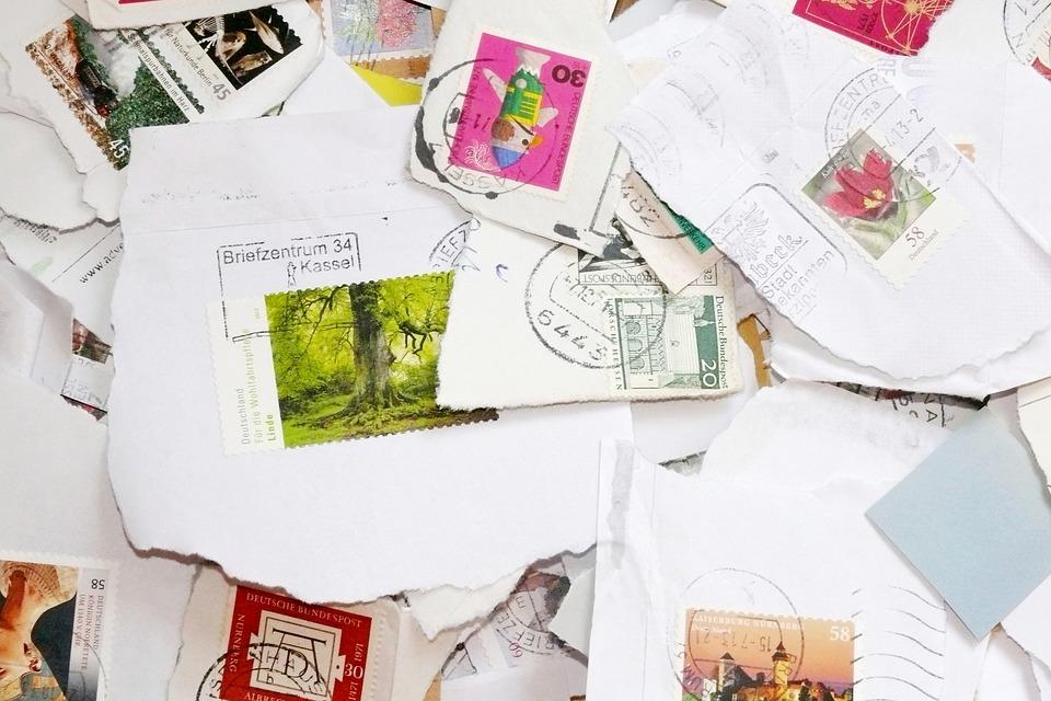 切手には貼る位置がある