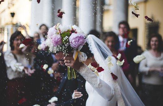 ①結婚式、成人式
