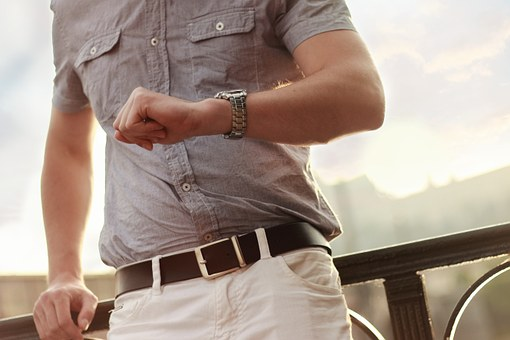 急いで時計を買取してもらいたい人にオススメ