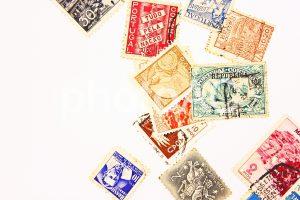 切手が販売されている場所:金券ショップ