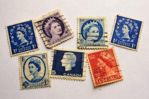 切手の起源は?