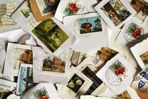 封筒の切手の貼り方