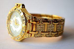 腕時計の買取方法とは?高く売る方法も紹介!